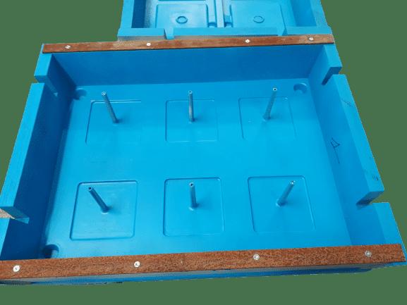 outillage de fonderie pour fabrication clous routiers