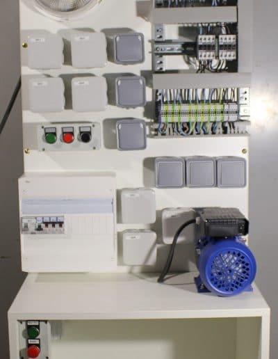 Pupitre simulation installation électrique installation industriel